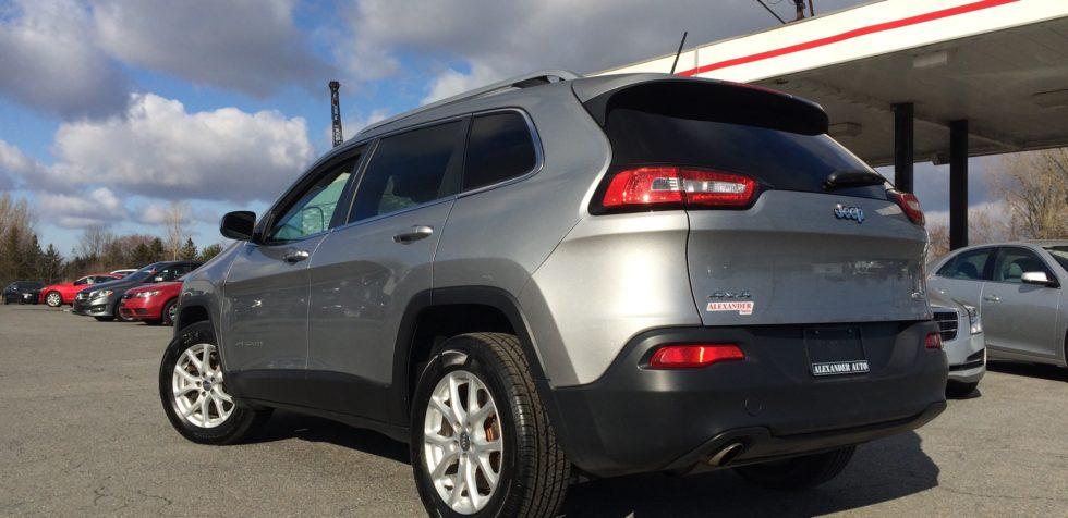 2014-jeep-cherokee-all-wheel-drive